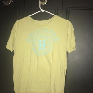 Hollister yellow and blue tee